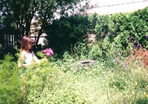 ErinBackyard1989